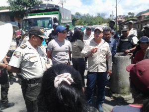 La policía y BHP usan tácticas agresivas contra la comunidad en Cazarpamba
